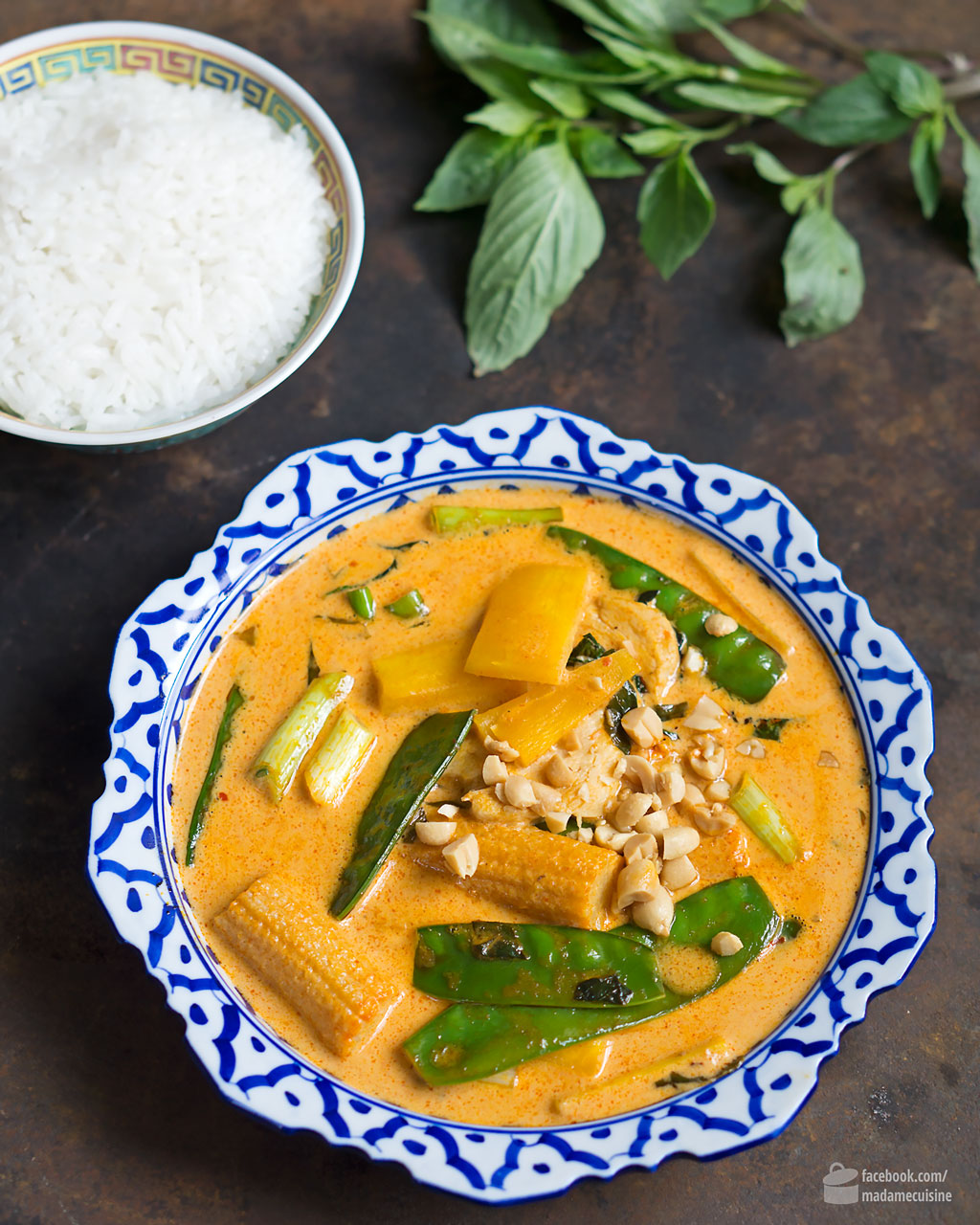 Rotes Thai Curry mit Huhn | Madame Cuisine Rezept