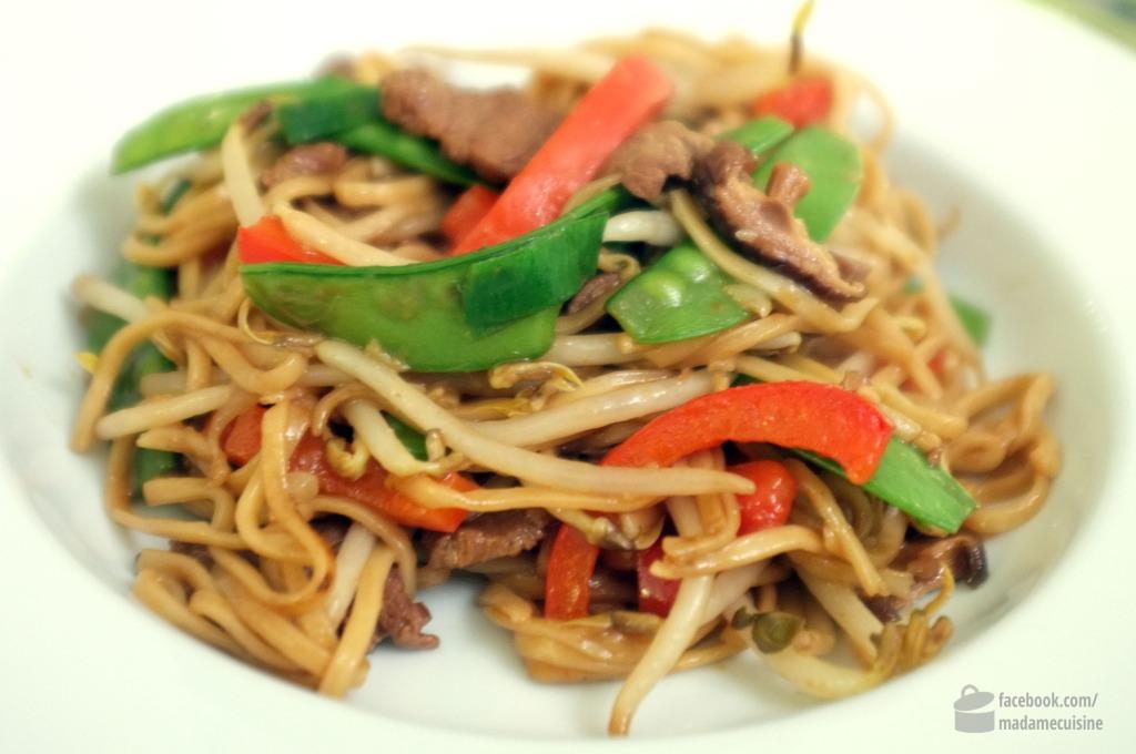 Gebratene Nudeln mit Rind (asiatisch) | Madame Cuisine
