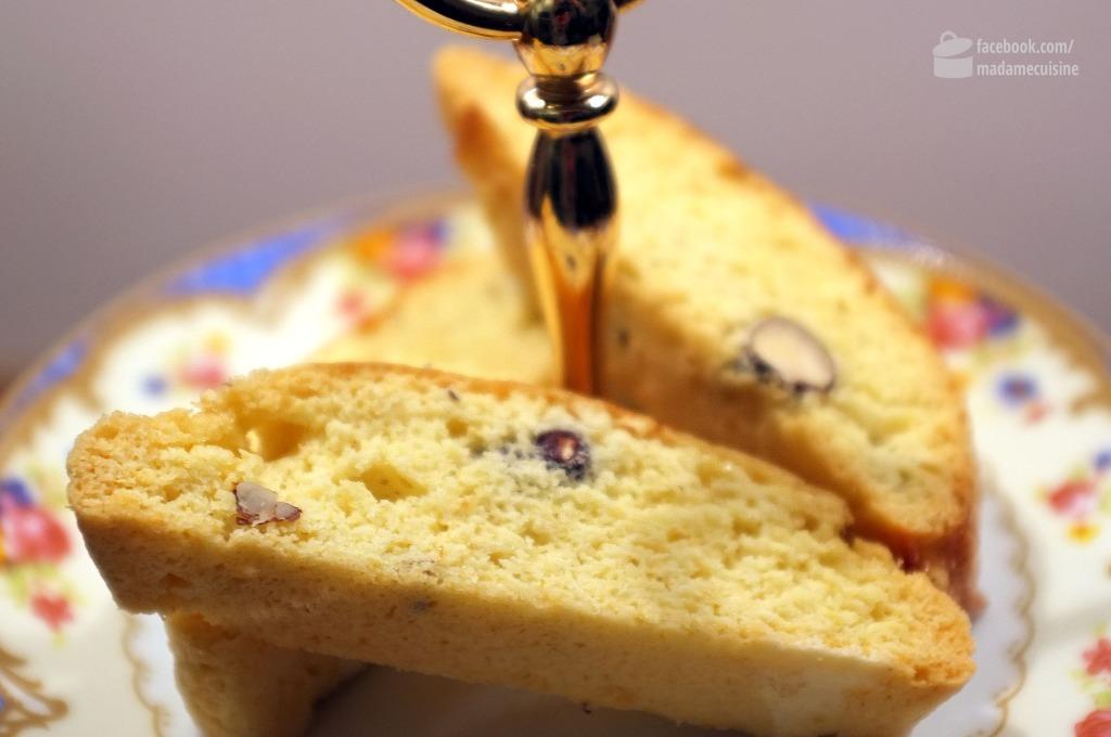 Biscotti (Cantuccini) | Madame Cuisine