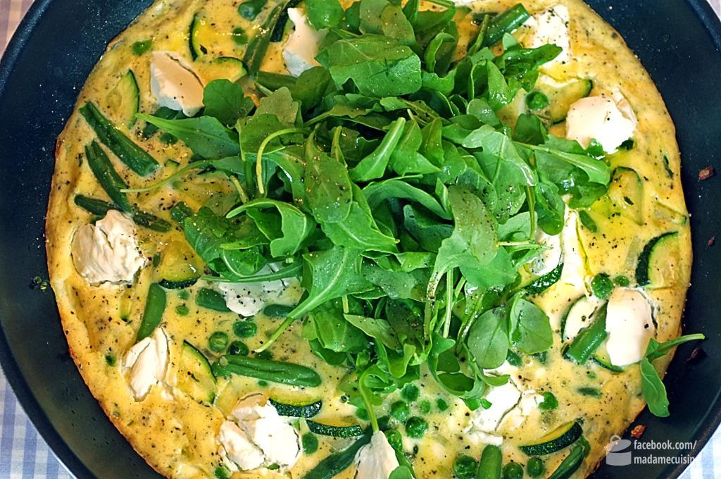 Frittata mit grünem Gemüse & Ziegenfrischkäse | Madame Cuisine Rezept