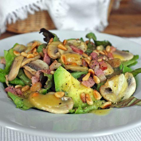 Salat mit lauwarmer Kartoffelvinaigrette | Madame Cuisine