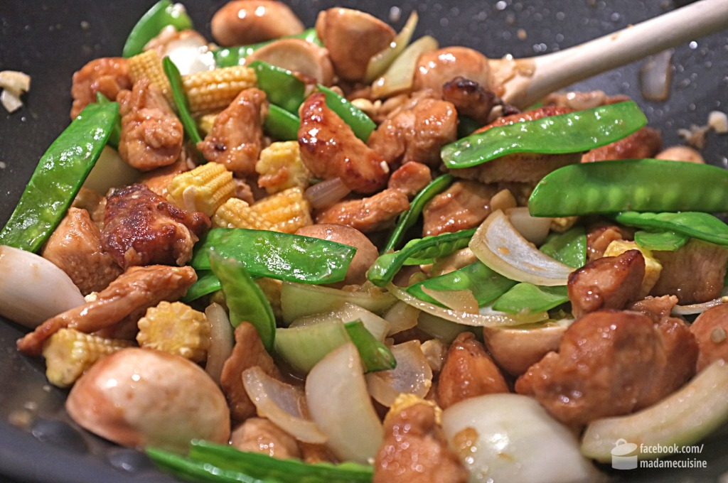 Knackiges Wok-Gemüse mit Huhn | Madame Cuisine Rezept