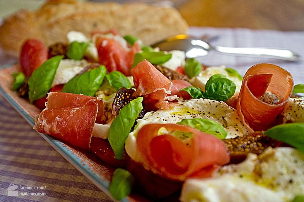 Caprese mit Feigen und Parmaschinken | Madame Cuisine Rezept