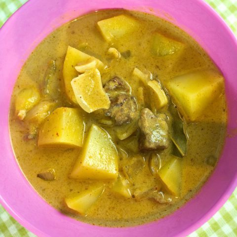 Massaman Curry (Kaeng Masaman) | Madame Cuisine