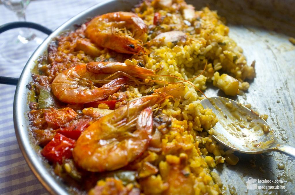 Paella mit Meeresfrüchten (Paella de Mariscos) | Madame Cuisine Rezept
