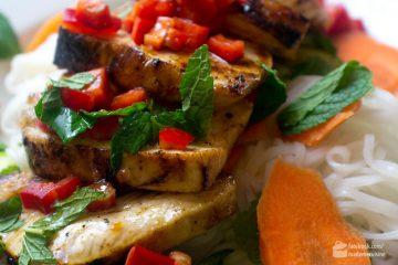 Vietnamesisches mariniertes Huhn mit Minze | Madame Cuisine