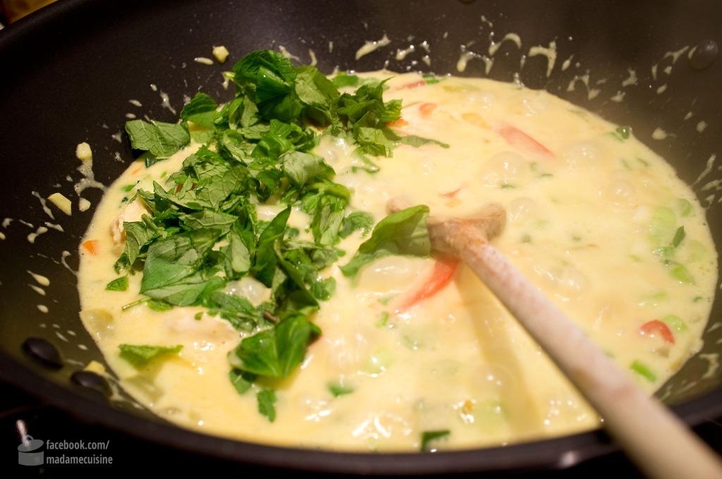 Vietnam-Curry mit Hähnchen, Basilikum und Minze | Madame Cuisine Rezept
