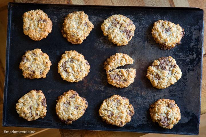 Knusprige Haferflocken-Kekse mit Schoko | Madame Cuisine Rezept