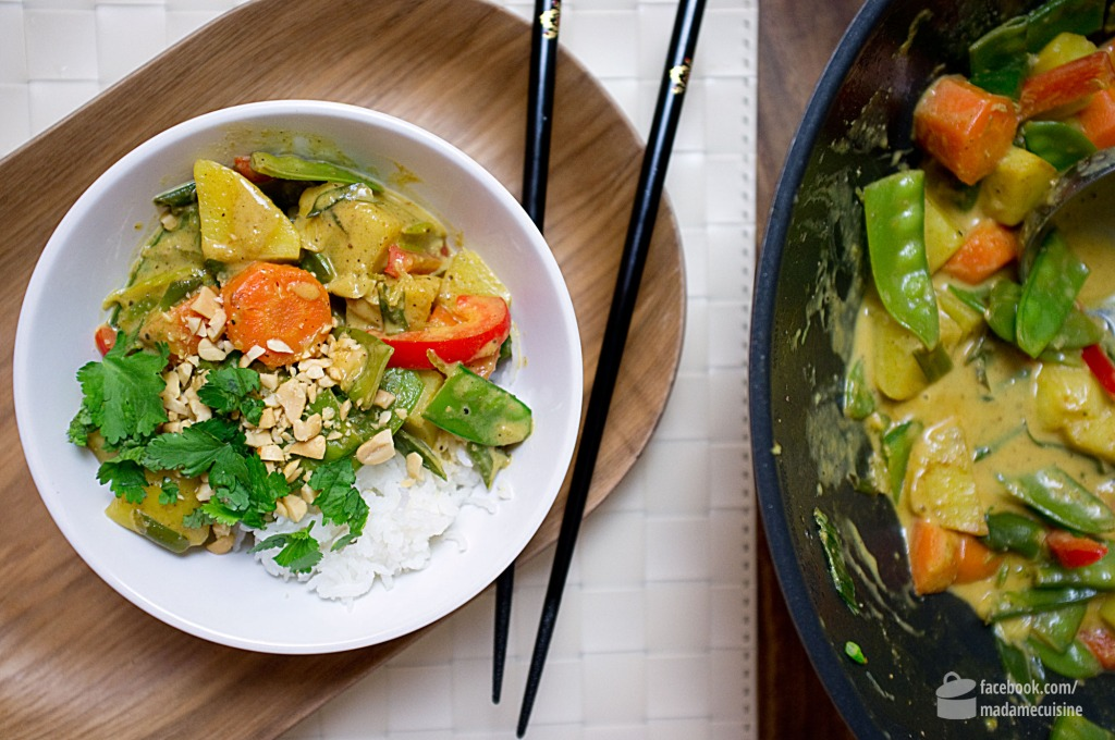 Erdnuss-Kokos-Curry mit frischem Gemüse | Madame Cuisine Rezept