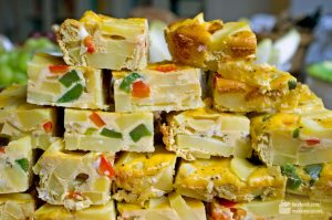 Tortilla de Patatas (Spanisches Omelette) mit Paprika | Madame Cuisine