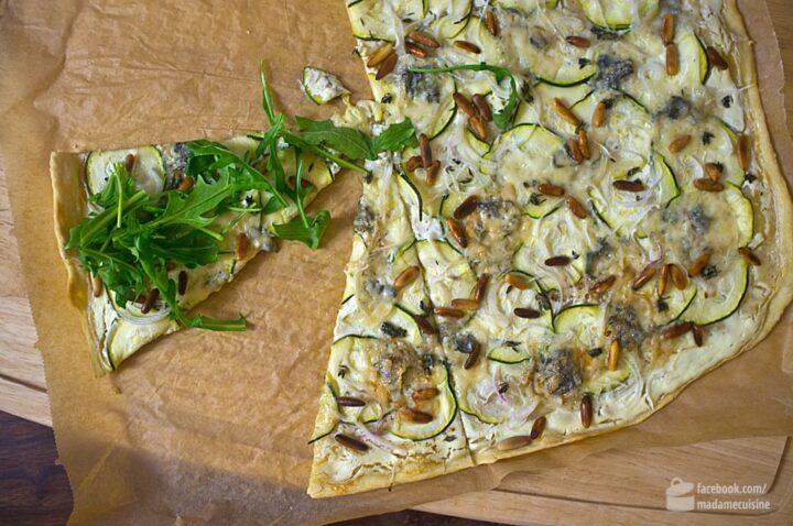 Flammkuchen mit Zucchini und Gorgonzola | Madame Cuisine