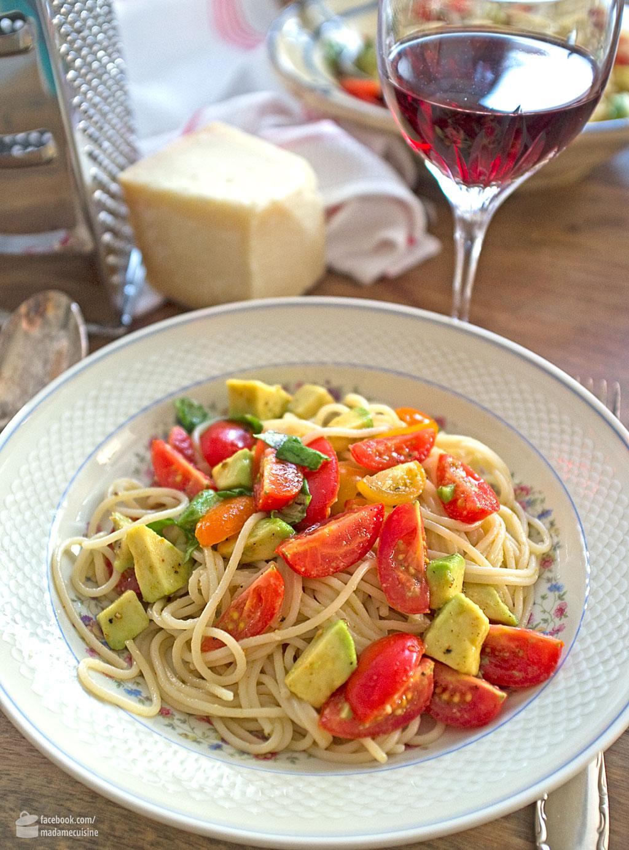 Tomaten-Avocado-Spaghetti | Madame Cuisine Rezept