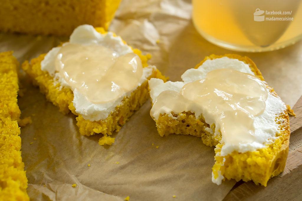 Selbstgemachtes Apfelgelee auf selbstgebackenem Kürbisbrot | Madame Cuisine Rezept
