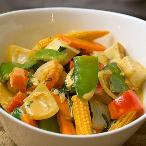 Rotes Thai Curry vegetarisch (mit Tofu) | Madame Cuisine