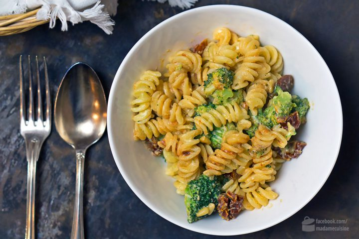 15 Min Pasta: Mit getrockneten Tomaten & Brokkoli | Madame Cuisine