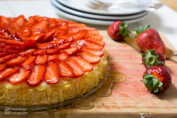 Erdbeertorte mit Puddingcreme   Madame Cuisine