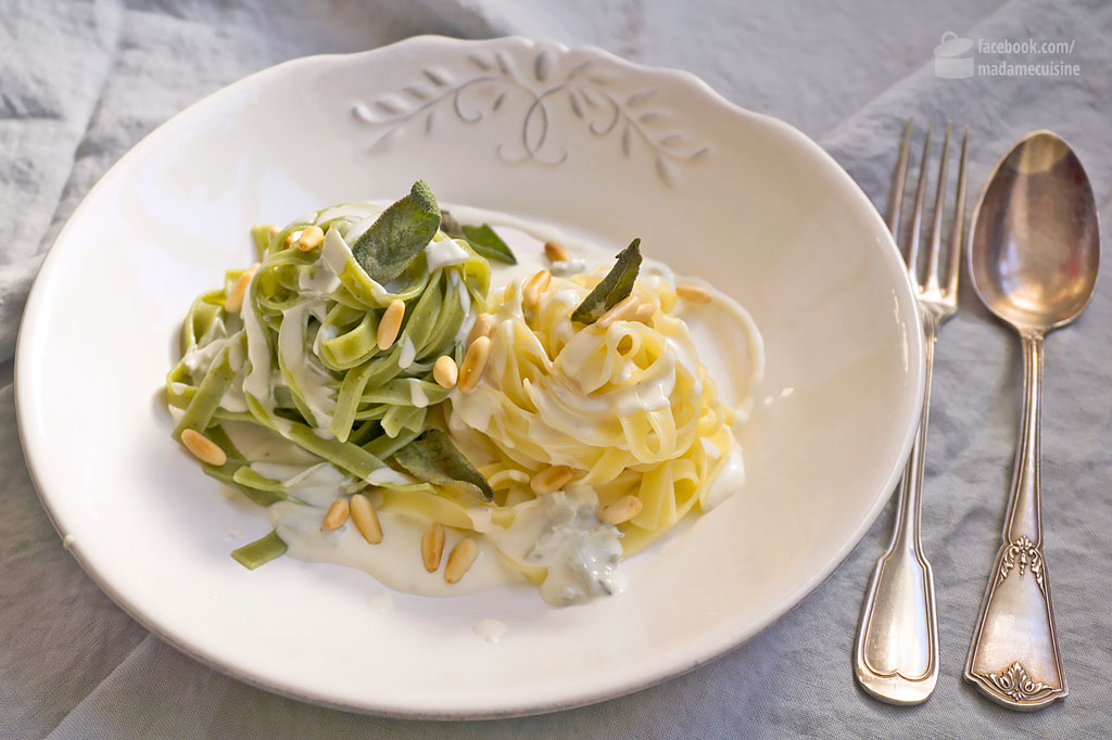 Stroh und Heu (Pasta mit Gorgonzola-Soße) | Madame Cuisine Rezept