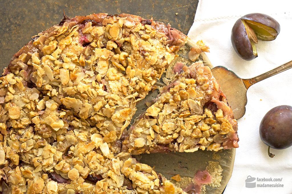 Walnuss-Mandel-Butterkuchen mit Zwetschgen | Madame Cuisine Rezept