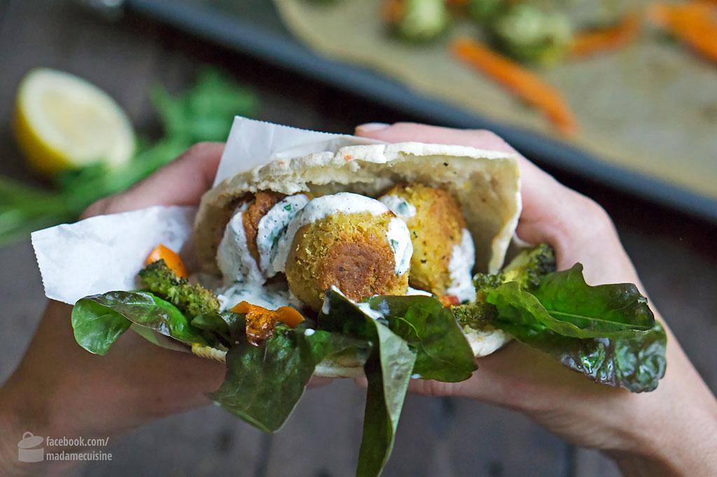 Pitabrot mit Falafel und Röstgemüse | Madame Cuisine Rezept