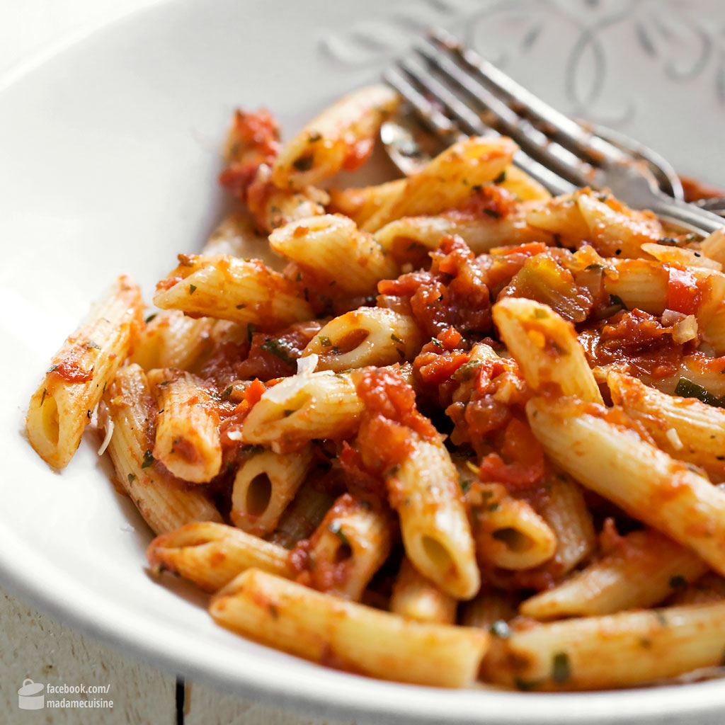 Penne all' Arrabbiata | Madame Cuisine Rezept