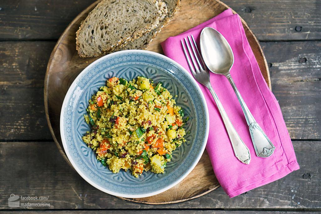 orientalischer couscous salat mit ger stetem gem se madame cuisine. Black Bedroom Furniture Sets. Home Design Ideas