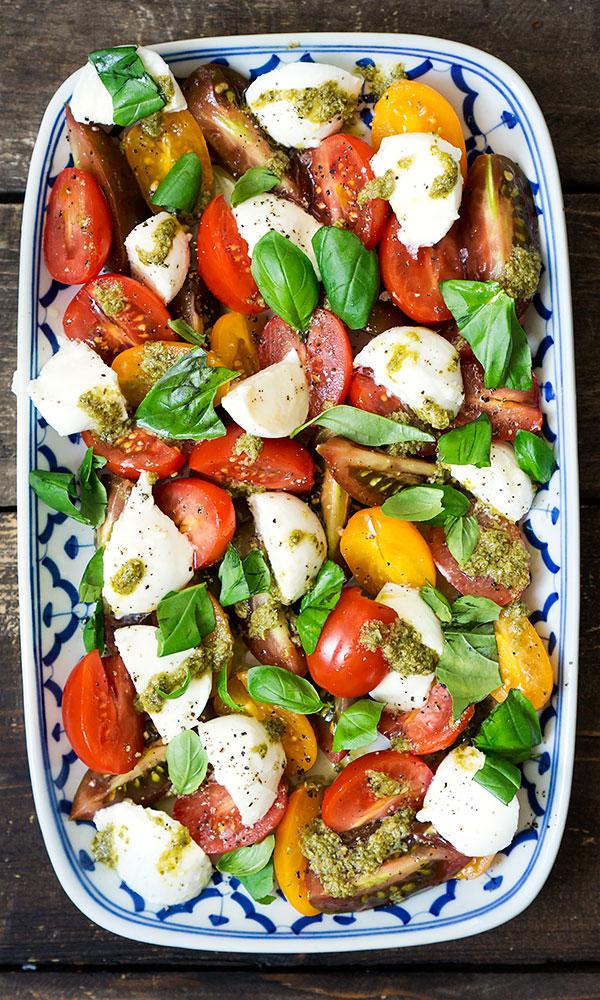 Caprese: Tomate, Mozzarella, Basilikum | Madame Cuisine Rezept