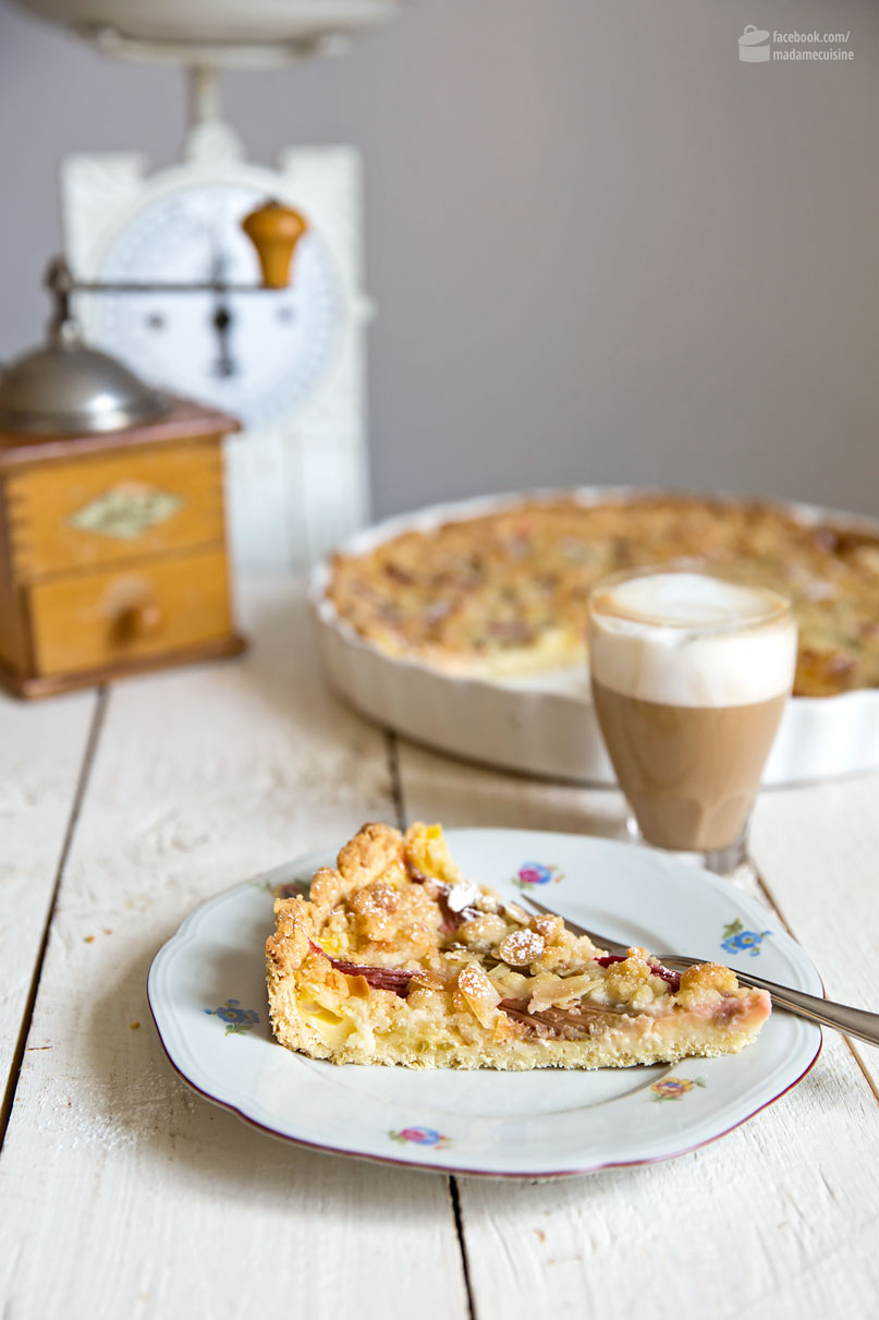 Knusprig-cremige Rhabarber-Tarte mit Vanillepudding | Madame Cuisine Rezept