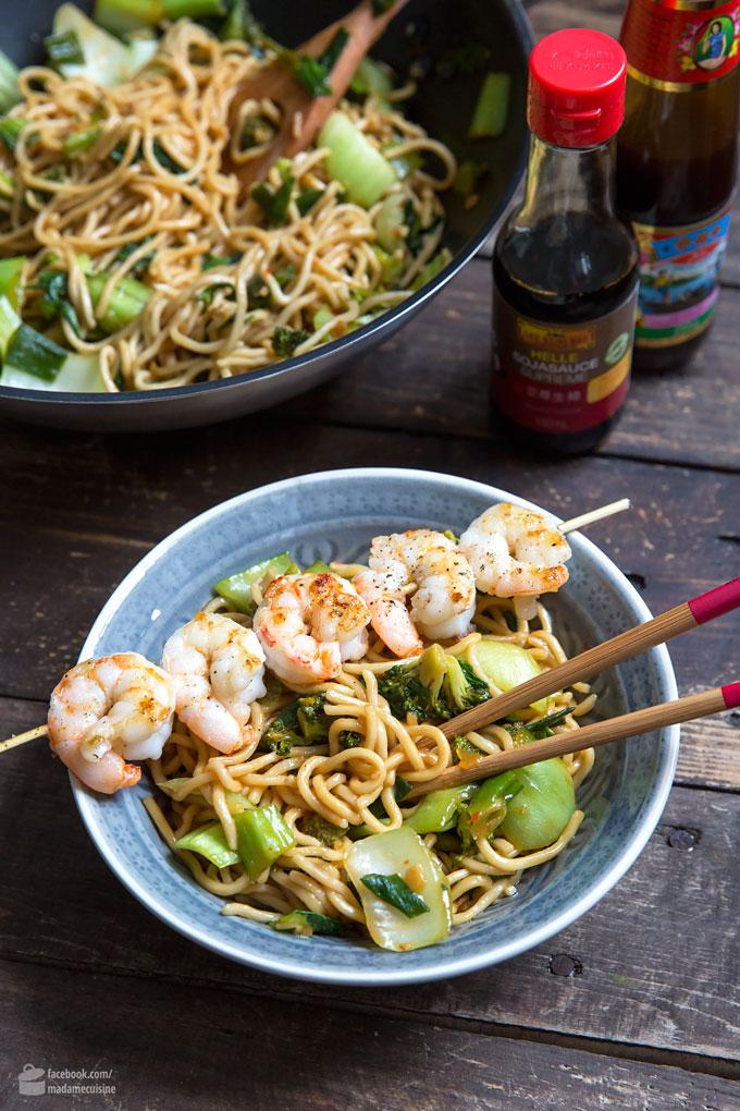 Asia-Nudeln mit Brokkoli, Pak Choi & Austernsauce | Madame Cuisine Rezept