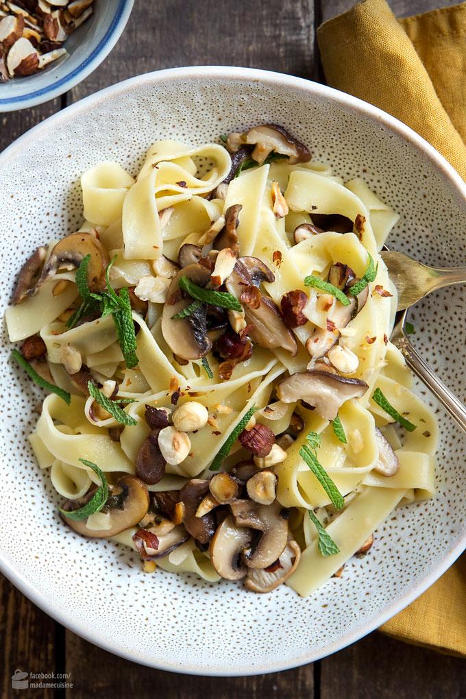 Fettuccine mit Pilzen, Salbei und Szechuan-Pfeffer | Madame Cuisine Rezept