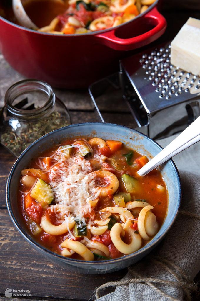 Minestrone – Italienische Gemüsesuppe (Eintopf) | Madame Cuisine Rezept