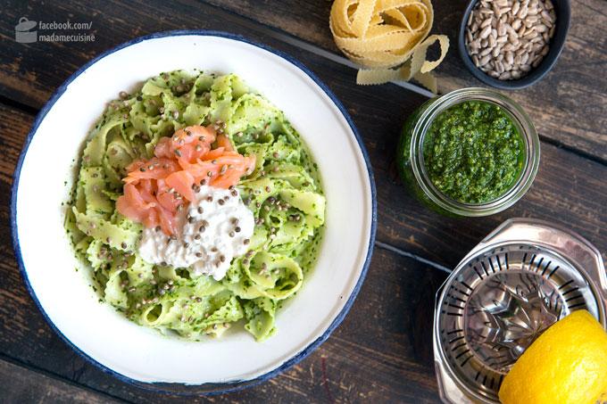 Bärlauch-Pasta mit Lachs