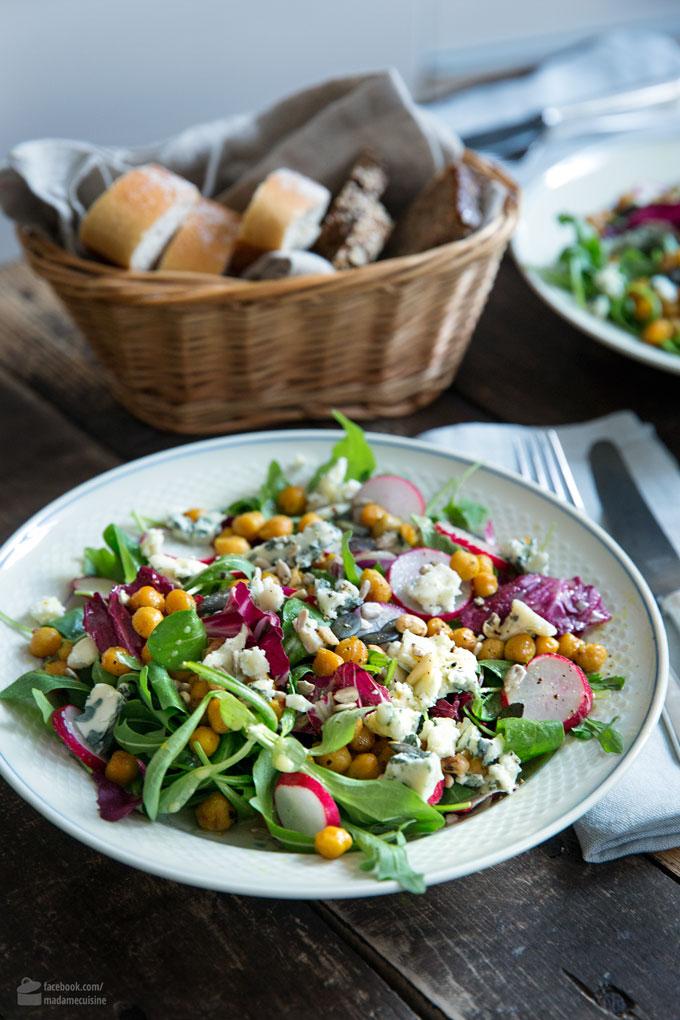 Grüner Salat mit gerösteten Kichererbsen & Radieschen | Madame Cuisine Rezept