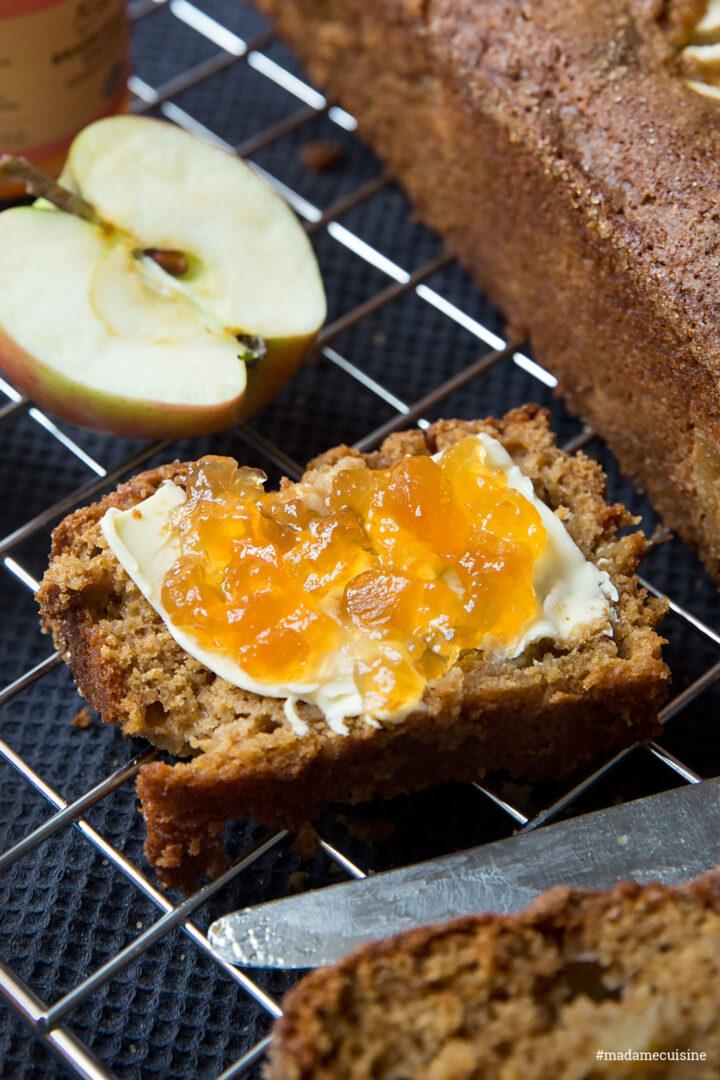 Apfelbrot mit Apfel-Calvados-Konfitüre | Madame Cuisine Rezept