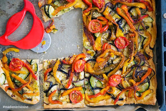 Coca de Verdura: Spanische Gemüsepizza