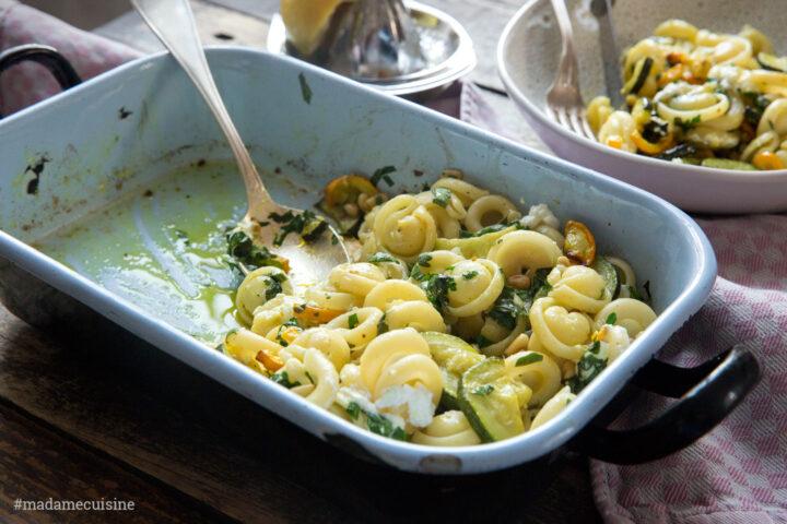 Pasta mit Ofen-Zucchini und Zitrone | Madame Cuisine Rezept
