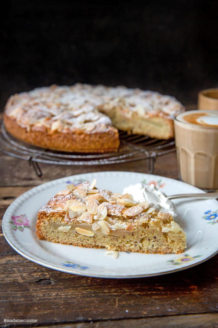 Birnenkuchen mit Mandeln: Sensationell gut! | Madame Cuisine Rezept