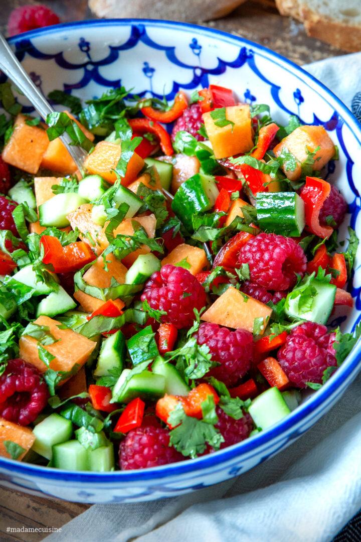 Sommersalat mit Melone, Gurke und Himbeeren | Madame Cuisine Rezept