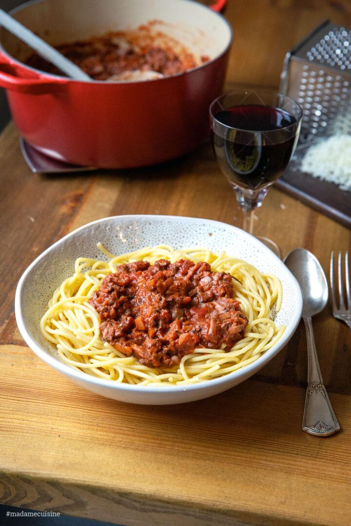 Vegetarische Walnuss-Bolognese | Madame Cuisine Rezept