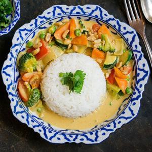 Thai Curry mit Erdnussbutter und Gemüse | Madame Cuisine Rezept