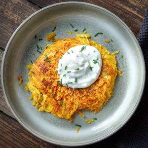 Kartoffel-Rösti mit Kräuterquark | Madame Cuisine Rezept