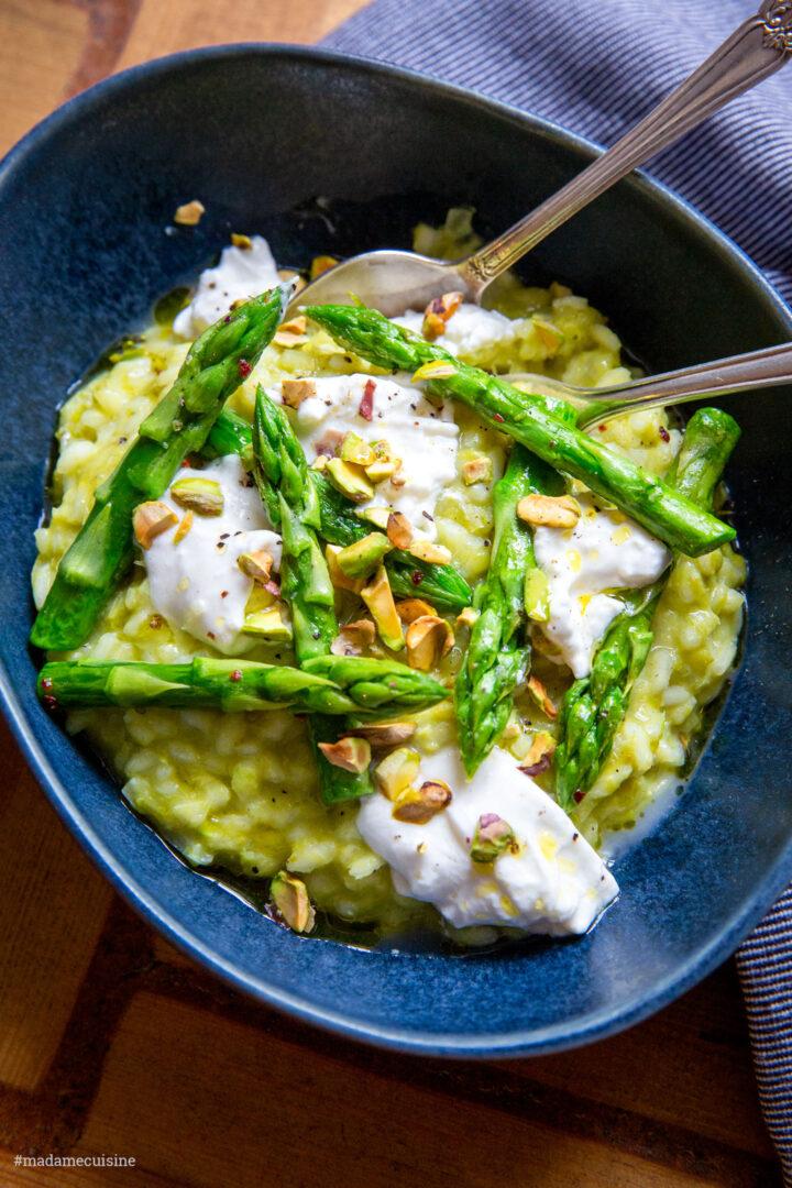 Risotto mit Erbsenpüree und grünem Spargel | Madame Cuisine Rezept