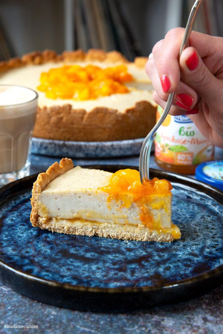 Veganer Käsekuchen mit Aprikose & Mango | Madame Cuisine Rezept