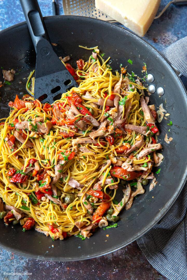 Linsen-Spaghetti mit Austernpilzen | Madame Cuisine Rezept