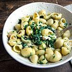 Pasta mit Kichererbsen, Spinat und Chili | Madame Cuisine Rezept