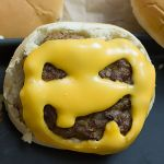 Halloween Cheeseburger | Madame Cuisine Rezept