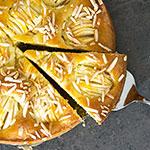 Versunkener Apfelkuchen mit Mandelsplittern | Madame Cuisine Rezept