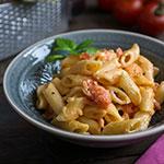 Pasta mit Tomaten & Crème Fraîche | Madame Cuisine Rezept
